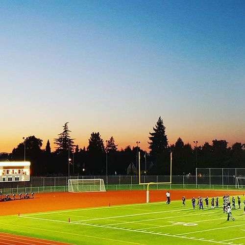 A perfect night for some youth football. My boys both won their games 31-0 and 34-0 @sparksstadium RavensFootball PNW Sunset Autumn