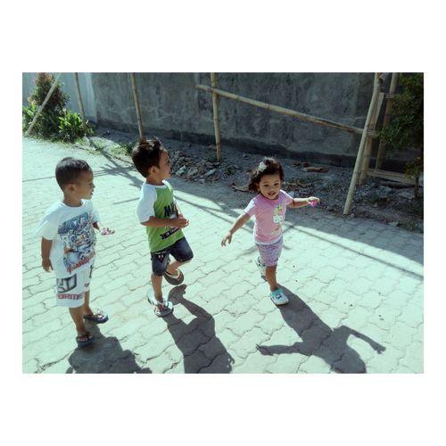 Follow my instagram : @elmanovita88 First Eyeem Photo Children Children Only Children Photography