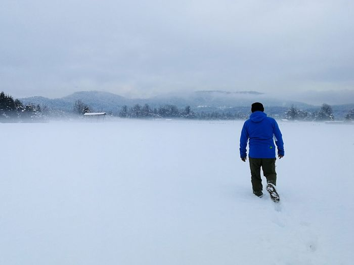 Winter adventure EyeEm Ready   Rear View One Person One Man Only Snow Winter Cold Temperature Only Men Adults Only People Cloud - Sky Adventure Nature Beauty In Nature Outdoors Shades Of Winter