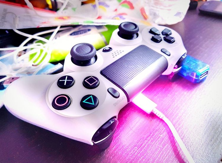 Ps4 Controller PS4 Ps4Controller Playstation4 Playstation 4 Playstation 4 Controller Close Up Close-up Closeup Photography Table Indoors  Multi Colored High Angle View Arts Culture And Entertainment No People Nail Polish Technology Day