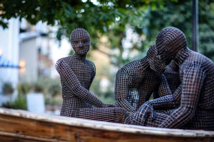 People in a boat - sculpture London Public Installation Shoreditch Spitalfields The Week On EyeEm Art Outdoors Sculpture Street Street Art Street Photography Streetphotography Wire Sculpture