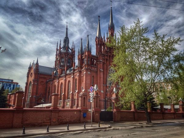 Architecture. Architecture Building Exterior Sky Built Structure Religion Cloud - Sky Place Of Worship Outdoors Travel Destinations Spirituality City Real People Day Clock Tower Собор на Грузинской.