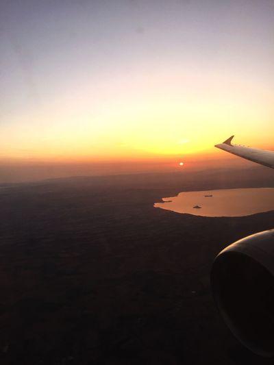 Volver Flying Sunset Travel Journey