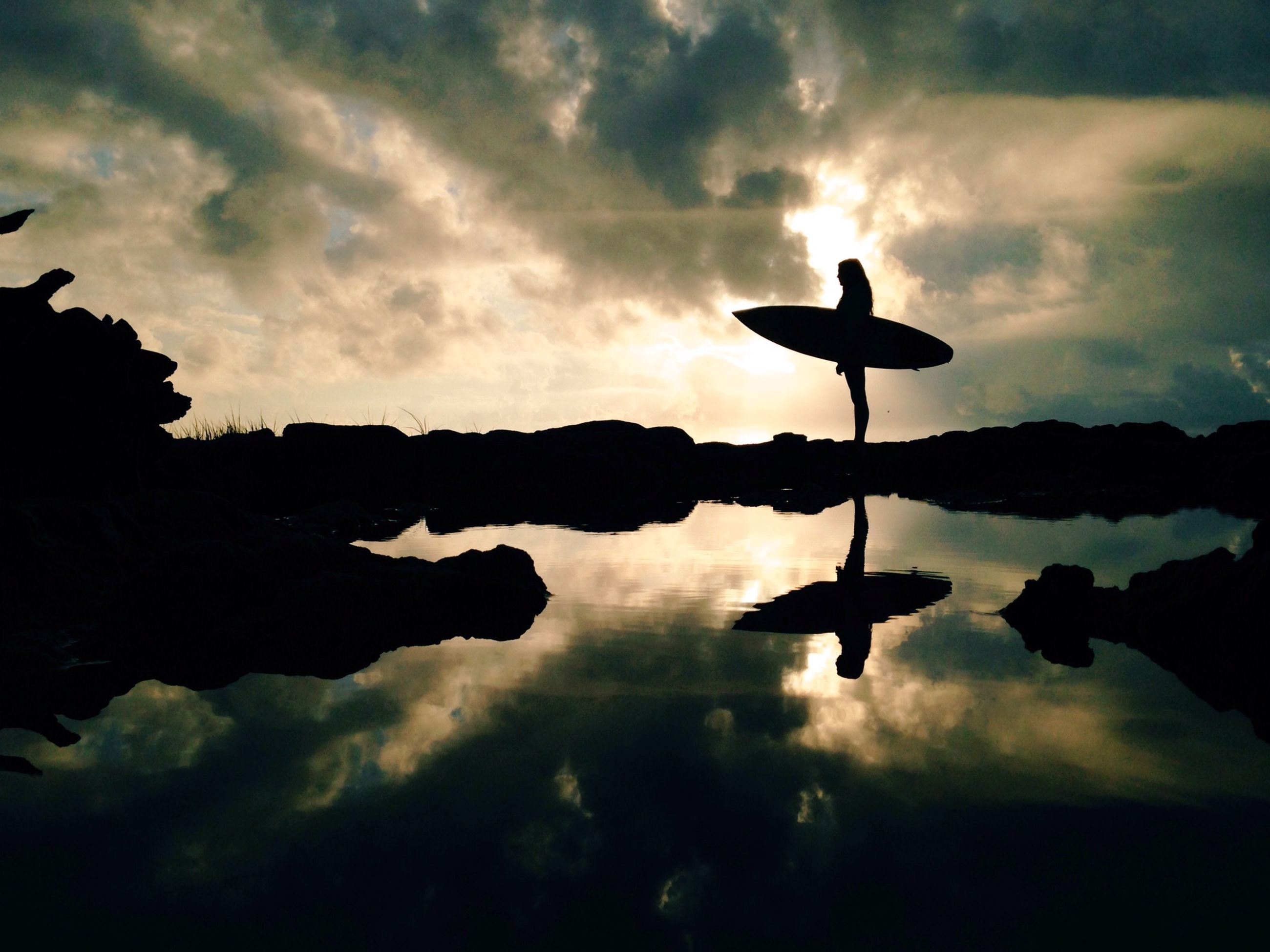 silhouette, sky, reflection, cloud - sky, water, sunset, lake, cloudy, tranquility, tranquil scene, beauty in nature, cloud, scenics, bird, dusk, nature, weather, standing water, idyllic, waterfront