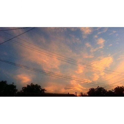 Всем доброго вечера, сегодня идя на прогулку я увидел вот такой красивый закат, небо как будто бы в огне. Очень красивое зрелище было? небодлярейны2 МагаТег небонадшатоем Шатой Shatoy Chechny Чечня ШатойскийРайон IloveYouShatoy