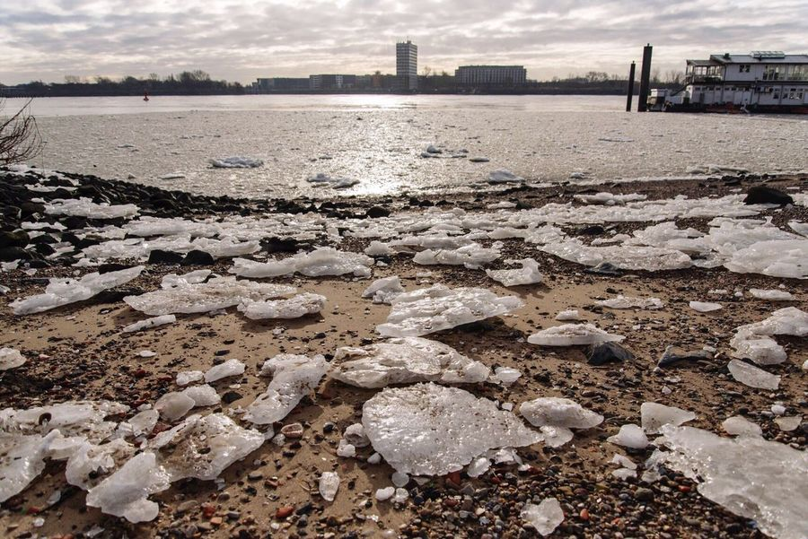 Icy Elbe II Riverside River Riverscape Ice Winter It's Cold Outside Elbe Welovehh Hamburg Nature Water Water_collection EyeEm Nature Lover Nature_collection Nikon Nikonphotography EyeEm Best Shots - Nature Showcase: January EyeEm Best Shots - Landscape Landscape