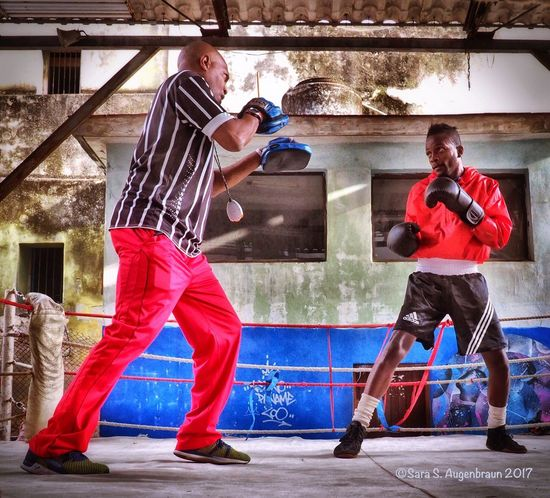 Boxing Practice, Havana,Cuba, 4/17 Cuban Style Boxing - Sport Boxer Boxing Coach Havana Havana, Cuba Cuba Boxing Ring Olympus Mirrorless Snapseed Enlight Cuba Collection Cuba2017 Young Adult Cuban People