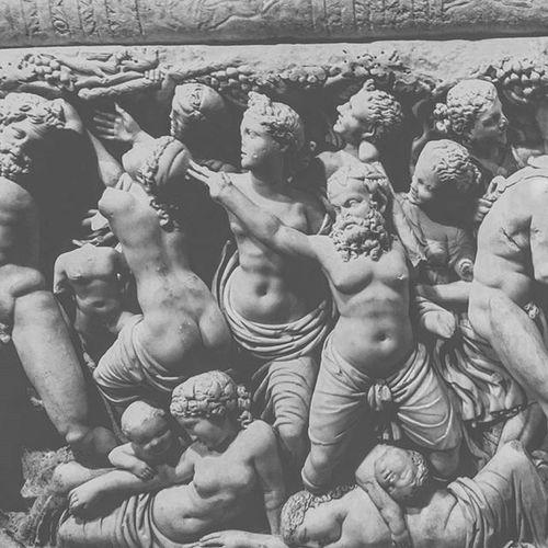 Oralar seks miymiş yoksa?! Antalya Antalyamuseum Scrupture Ancientgreek