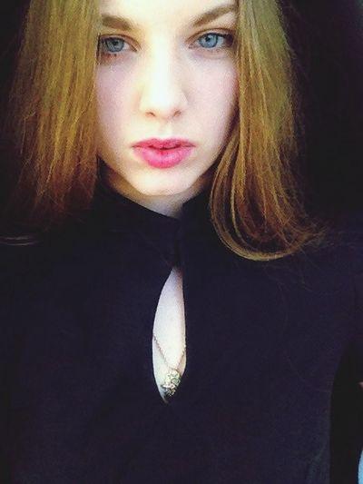Long Hair Makeup Blue Eyes Girl