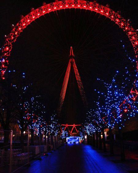 Night Red City Outdoors Illuminated Nightlife Cityscape LONDON❤ Cityscape Londoeye City Life
