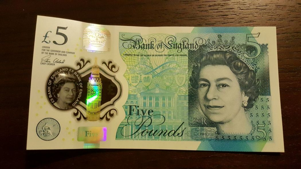 Notes New Banknote Money Plastic Plastic Banknotes Pounds 5 Pounds Sterling Pound