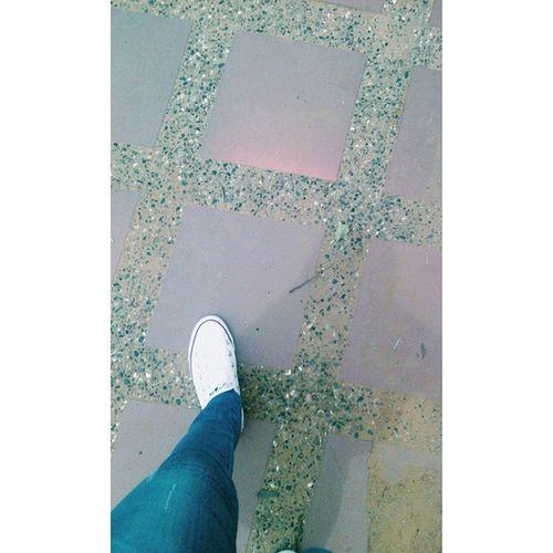 🚶 Photooftheday Walking Around Knowing Living