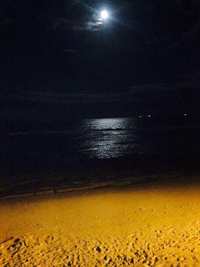 Que sejamos guiados pela luz! Moon Moonlight Night Beach Light Tksgod