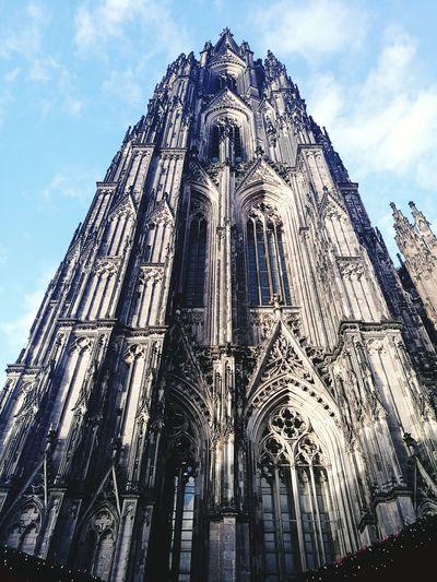 Architecture No People Sky Day Built Structure Building Exterior Outdoors Dom Köln Cologne , Köln,  Domplatz Kölner Dom Cologne Dom Kölnerdom Kölner Dom Cathedral Cologne Köln, Germany Religion Cloud - Sky Architecture City