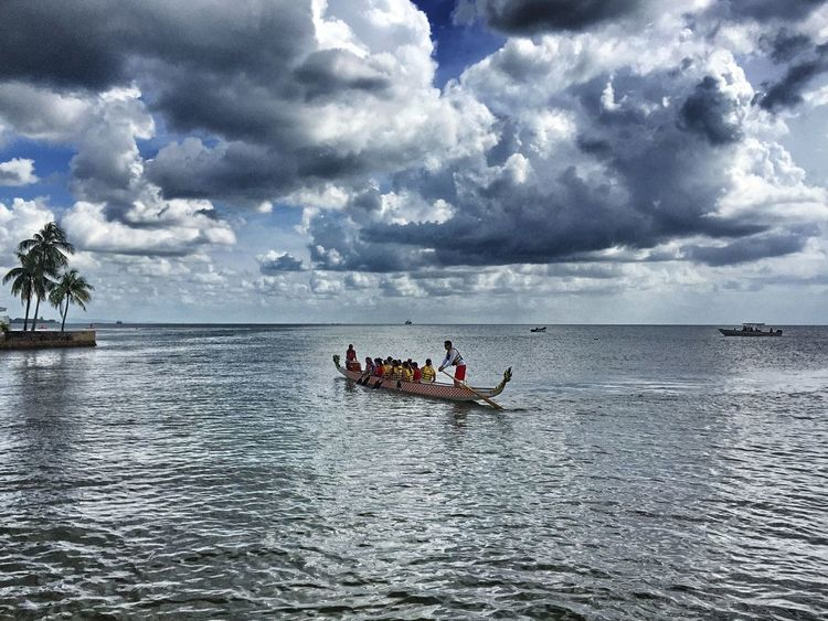 Boats Competition Dragon Boat Festival Teamwork What Who Where The Drive My Year My View Finding New Frontiers People Resist Art Is Everywhere BYOPaper! Live For The Story EyeEm Selects The Week On EyeEm The Week On EyeEm #urbanana: The Urban Playground