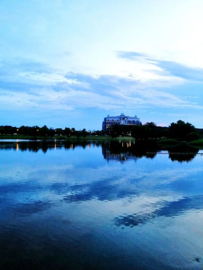 before sunset EyeEm Best Shots EyeEmNewHere Eyeemphotography Pond Fish Shadows & Lights Kuching Nature Unrecognizable Person Unrecognizable Water Lake Blue Reflection Sky Cloud - Sky Reflecting Pool Reflection Lake Salt Lake Salt Flat Romantic Sky Scenics Calm Symmetry