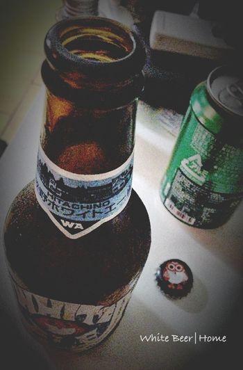 PM 9:58 in Home, 回到家搞定屁孩上床睡覺... 呼!!! 來罐冰涼的貓頭鷹白啤, 喘口氣。喝完換裝準備跟隊友們會合夜騎去。。。 Night Cycling Beer White Beer Nice