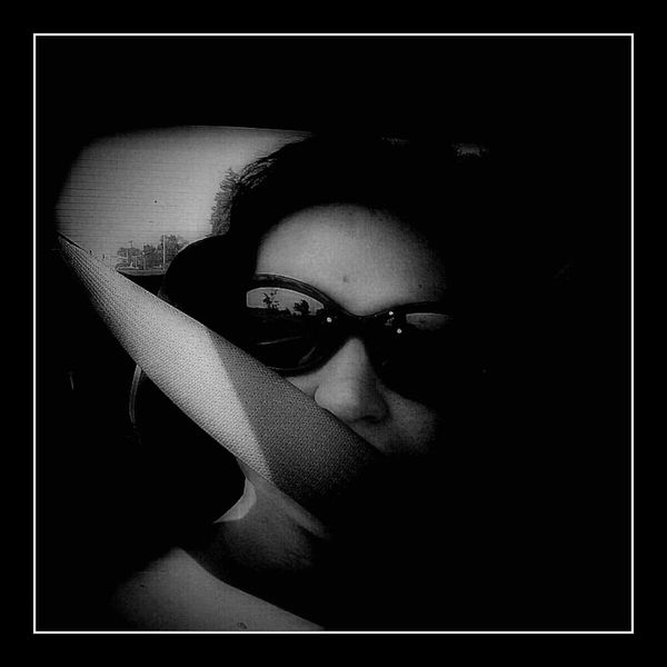 Blackandwhite Selfportrait Vignette For Android Vignette PixlrExpress Chronic Pain Fibromyalgia