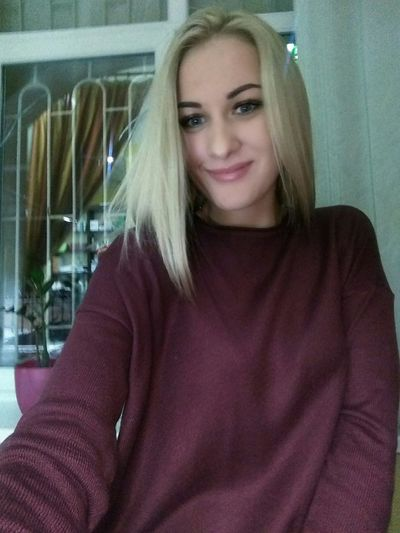Blond Hair One Woman Only Only Women Long Hair One Young Woman Only Adult One Person first eyeem photo