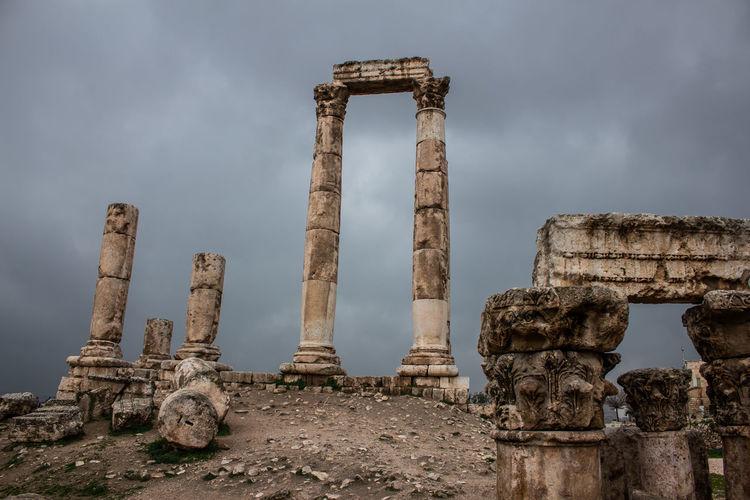 Pillar Pillars