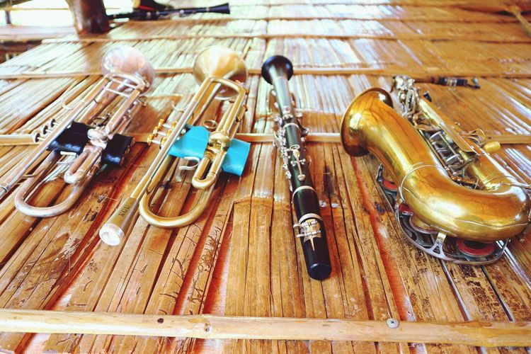 music Musician Trumbone Musical Instrument Music Arts Culture And Entertainment Wood - Material Close-up Woodwind Instrument Wind Instrument Cymbal Percussion Instrument Trumpet Saxophonist Brass Instrument  Jazz Music Full Frame Hardwood Floor Saxophone Musical Equipment Musical Instrument String