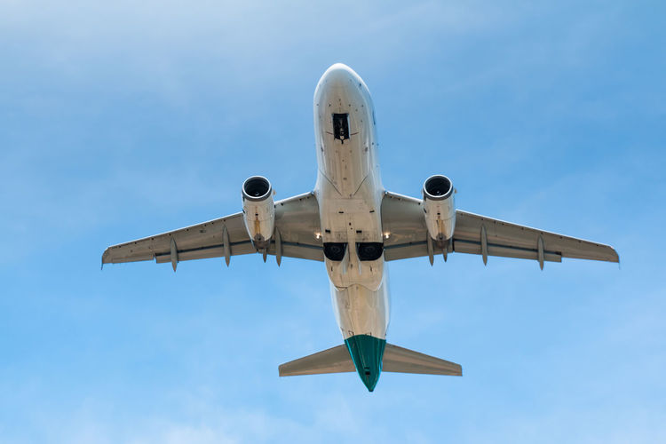 Aircraft Aircraft In The Sky Airplane Airplanes Flying Flying High Mode Of Transport Plane Taking Off