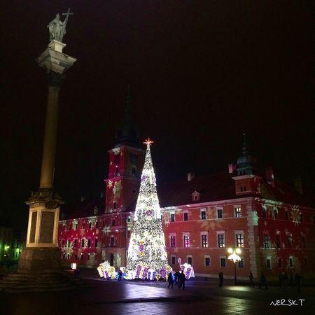 Christmas! Christmas Warsaw Urban Poland Polska Warszawa  Tree Beautiful Castle First Eyeem Photo