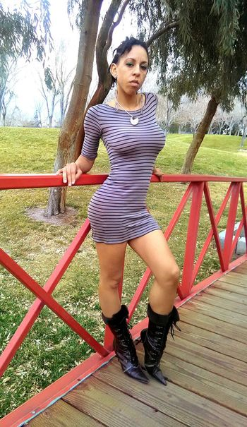 One Person Tree Standing Casual Clothing Outdoors Playing Portrait Young Women Young Adult Fashion Photography Fashion Boots Furboots Bridge On A Bridge Heels For The Ladies Ladies Fashion Ladies Fashions Naughtay Fox Female Model Nature Legs4days In A Dress Dressed Up