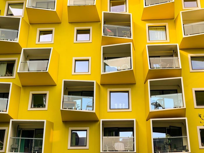 🇩🇰 The Week on EyeEm Architectural Design Design Wall Architectural Feature EyeEm Best Shots Building Window Architectureporn Architecture_collection Architectural Detail EyeEmBestPics Arch Architecturephotography Architecture Architecturelovers WeekOnEyeEm The Week on EyeEm Editor's Picks Built Structure Architecture Building Exterior Window Yellow Building Residential District City Backgrounds Apartment Modern Balcony