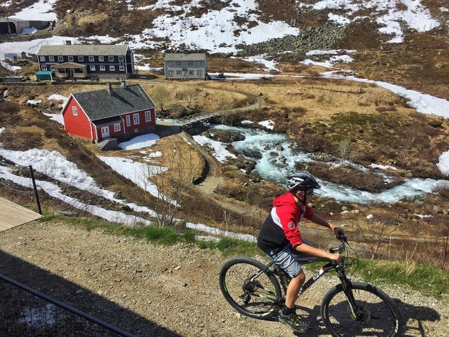 riding bicycle on mountain Real People Transportation Nature One Person Lifestyles Day Mode Of Transport Leisure Activity Outdoors Cycling Cycling Helmet Land Vehicle Full Length Mountain Adventure Cold Temperature Mountain Bike Beauty In Nature Norway🇳🇴 Let's Go. Together.