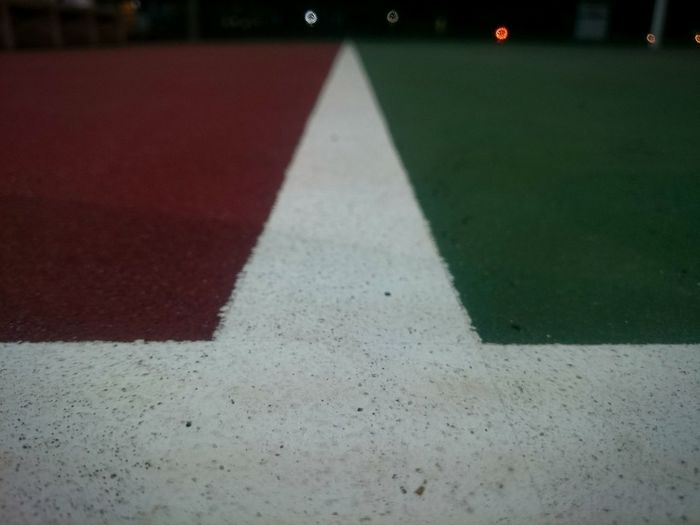 Night Out Night Time Basketball Court Basketball Court Line Basketball Court Border Lines White Line White Color Blurred Background Separated Colours Separated Night Shadow Green Red Green And Red Dark Phone Photography Phone Camera Gloomy Empty Empty Basketball Court