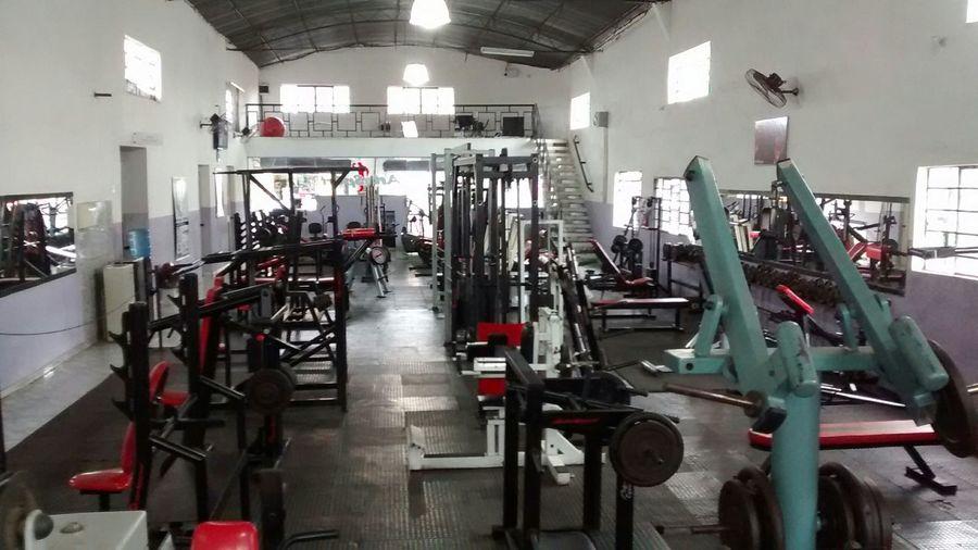 Academia ArteSport Fitness, fazendo a diferença, com sala de musculação separada só para mulheres, e sala de recreação.