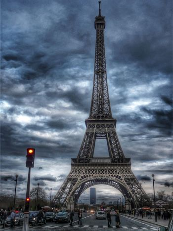 La Tour Effel Effel Tower Paris City Urban Urban Geometry Urban Landscape Popular Photos EyeEm Nature Lover EyeEm Best Shots
