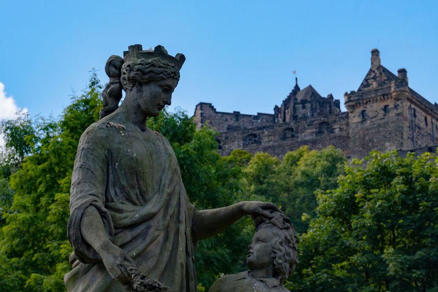 Architecture Castle View  Clear Sky Day Sculpture Statue Travel Destinations
