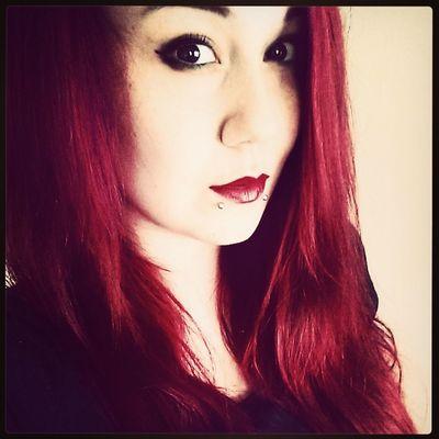 Follow me on Twitter (frostworklilium)and Instagram (dropdead.redhead) Piercings Beauty Redhead Portrait