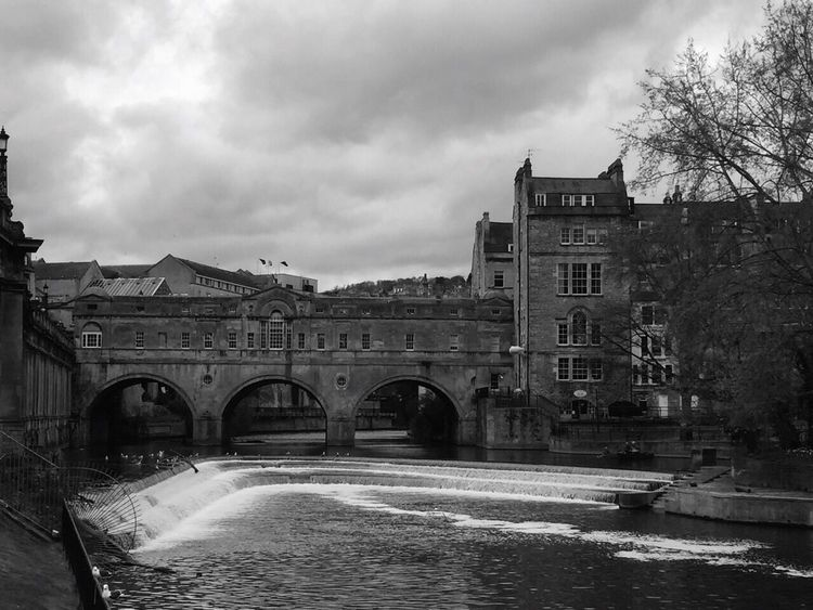 Taking Photos Cities_collection Bath City Architectural Detail Lines, Shapes And Curves Parks Old Town Black & White Black And White Blackandwhite Photography Architecture_collection Taking Pictures Cloudy Day