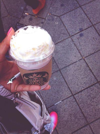 Strawberry Frappuccino Starbucks Nürnberg
