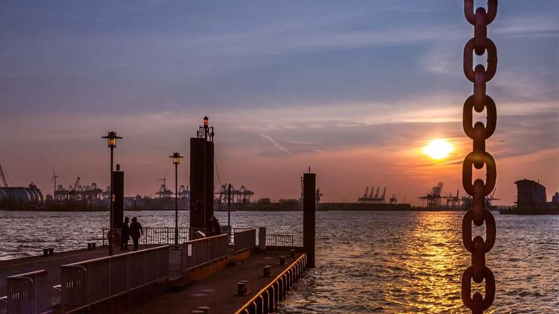 Sunset Water Sun River Sky Hamburg Horizon Eye4photography  EyeEm Nature Lover Elbe Norddeutschland GERMANY🇩🇪DEUTSCHERLAND@ Germany Deutschland Hamburgmeineperle Sky_collection Sunset_collection Sonnenuntergang Photooftheday Hobbyphotography Hamburch Hamburch Horizon Over Water Silhuette