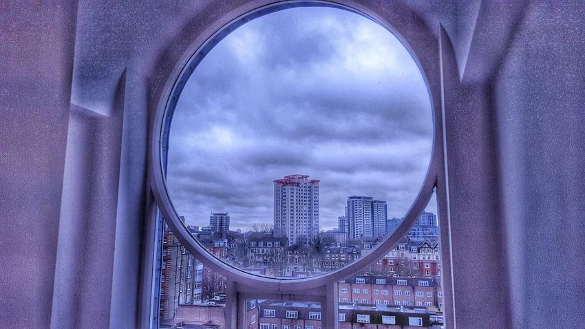 Building Geometric Shapes Arquitecture Circle Frame Building Exterior Lamdscape City Cityscapes From My Point Of View From The Rooftop From My Window Built Structure Buildings & Sky Hdr_Collection Hdr_Collection ArquiteturaeUrbanismo Geometric Abstraction Geometric Architecture Sky Window