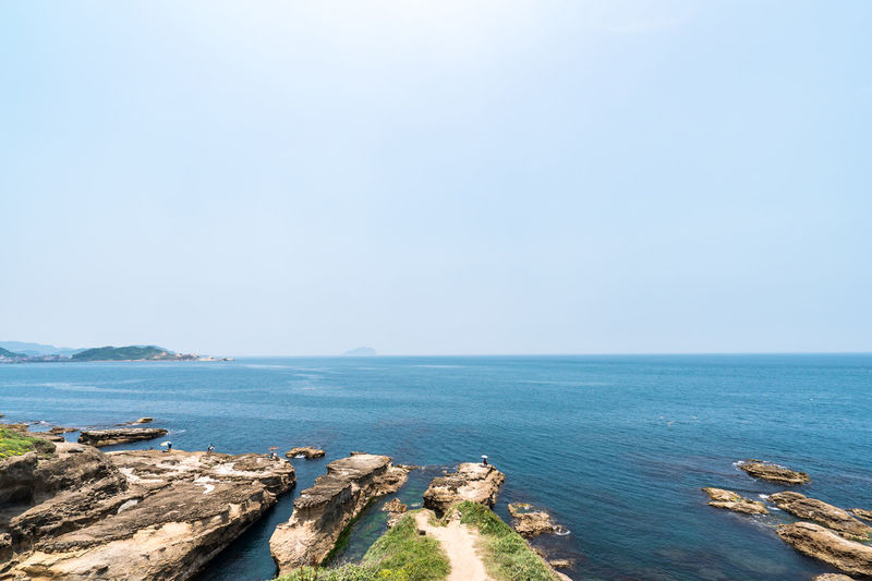 Sea Water Sky Scenics - Nature Horizon Over Water Horizon Beauty In Nature Land Tranquil Scene Copy Space Beach Tranquility Nature Day Rock Rock - Object Solid No People Blue Outdoors Rocky Coastline