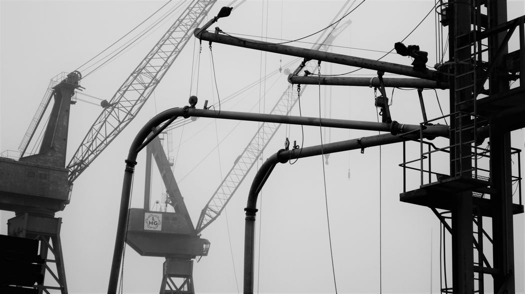 Blackandwhite Cranes Engineering Foggy Day Full Frame Grey Grey Sky Lübeck Mashines Monochrome My City Nikonphotography Side By Side Streetphotography Structure Technology Working Getty & Eyeem Showcase April Fine Art Photography