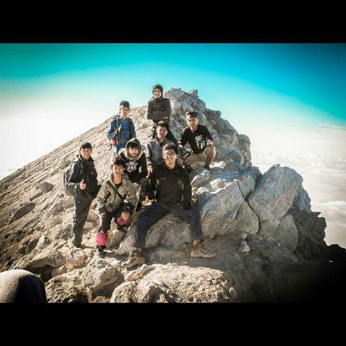 Top of Merapi Summit Gunung merapi untuk ke-3 kalinya. fullteam kecuali lutfiTP Vscocam VSCO Merapi Summit indonesia