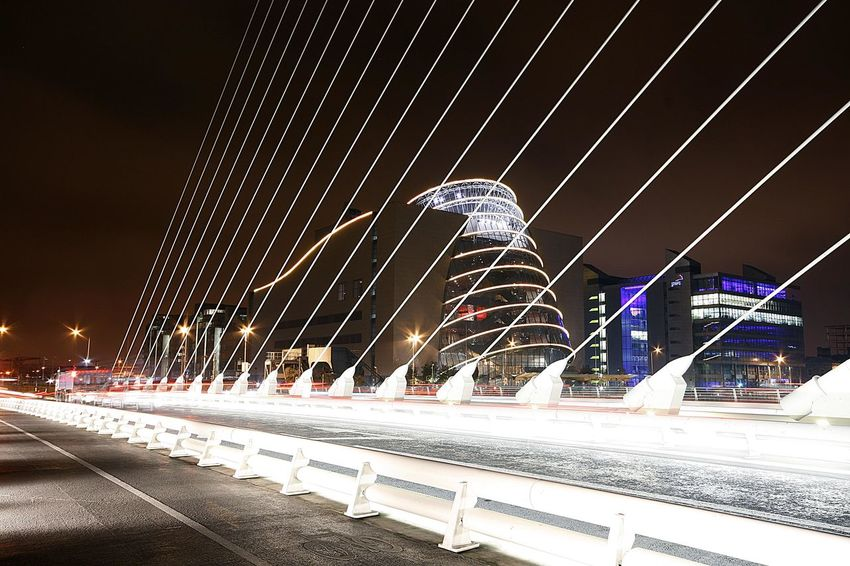 Architecture Bridge - Man Made Structure City Connection Langzeitbelichtung✔ Long-term Illumination Low Angle View Night Nightphotography No People Outdoors Skyscraper Suspension Bridge The Harp Transportation Travel Travel Destinations