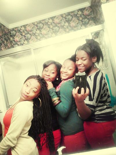 me nd my ♥s, i love these girls!!