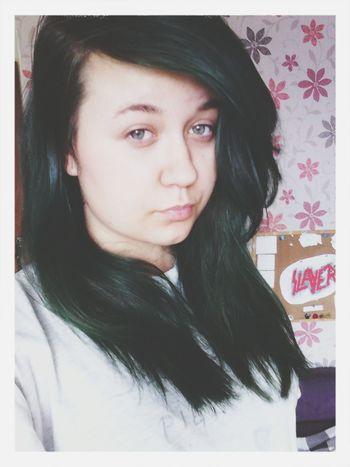 Greenhair Pale Girl Slayer \m/ Keep Calm And Followme