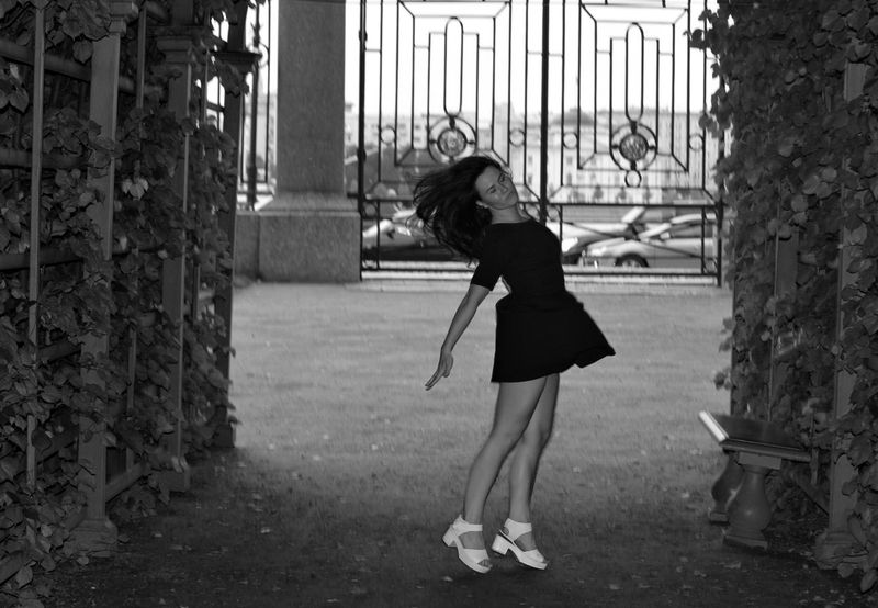 Autumn Leaves Beautiful Blackandwhite Photography Body & Fitness Calmness Dance Drastic Edit EyeEm Best Shots Girl In The Mood It Is Me Jumping One Person Outdoors People Real People Russian Girl Sexybodyy Sexygirl St Petersburg Tech Tuch Urban Lifestyle Wedding Wonderful