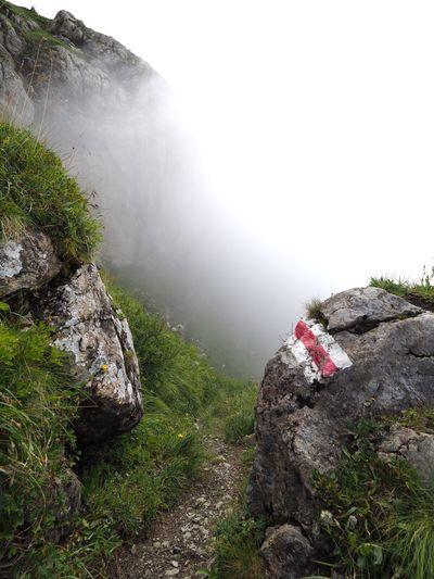 Watch your step! Rock - Object Fog Mountain Hiking Safety Safety First! Play It Safe Markierung Bergsport Signalisation Bergwanderweg Rappensteinsattel Rappenstein Alps Mountaineering Safe Hiking Trail Weather Sicherheit Trail Liechtenstein Liechtensteiner Bergwelt Watch Your Step Attention