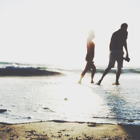 Took a picture of them at the beach Couple Beachphotography Taking Photos EyeEm Best Shots EyeEm Nature Lover Today's Hot Look Traveling Bali, Indonesia Sunset Silhouettes
