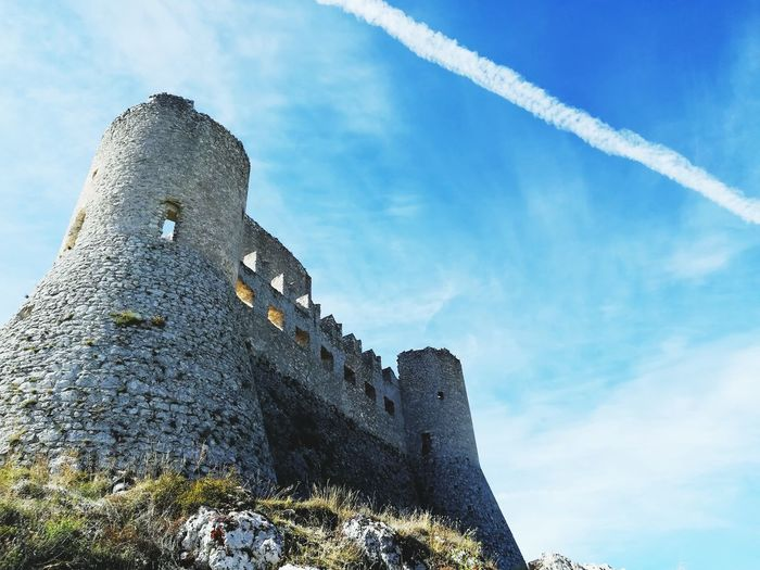 Rocca calascio Ladyhawke Location Of A Movie Famous Abruzzo Italy Castle Rocca Calascio Calascio Blue History Sky Architecture Fortified Wall Medieval Fort Fortress Ancient Past