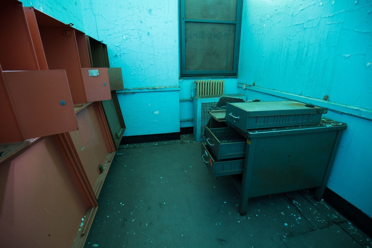 no people, indoors, abandoned, blue, architecture, day
